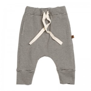 KW pant knit stripe