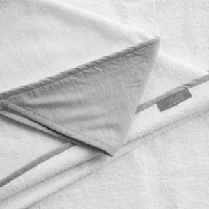 Louelle towel husk