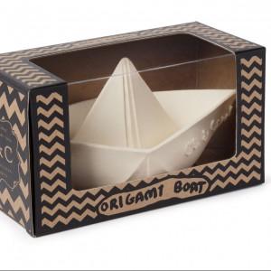 OC white boat2